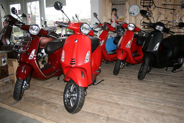 vespa showroom 3